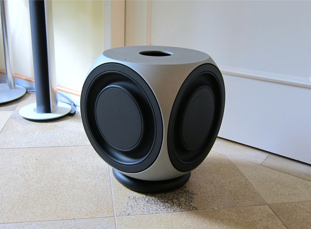 bang olufsen b o aktiver subwoofer beolab 2 2004 ebay. Black Bedroom Furniture Sets. Home Design Ideas