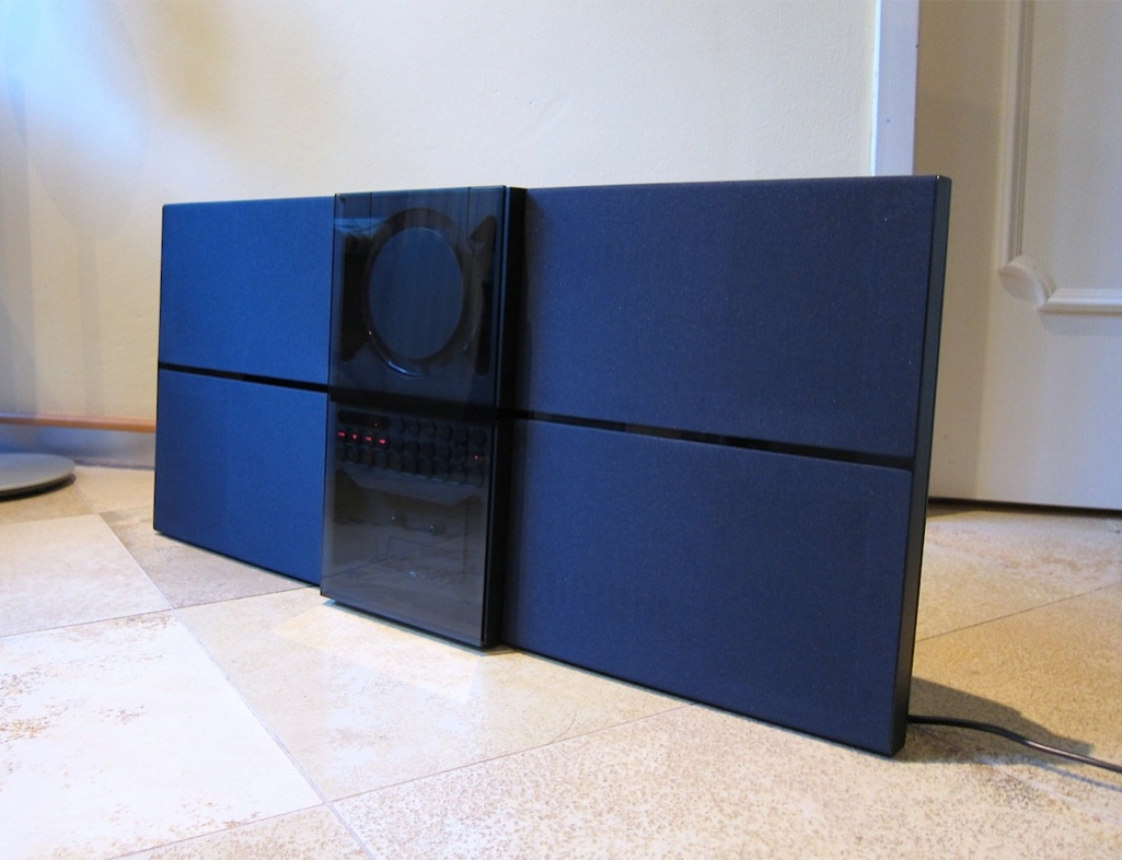 bang olufsen b o stereoanlage beosound century dunkelblau ebay. Black Bedroom Furniture Sets. Home Design Ideas