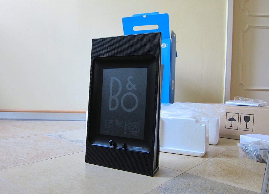 bang olufsen b o ipad dockingstation beoplay a3 black neu new ebay. Black Bedroom Furniture Sets. Home Design Ideas